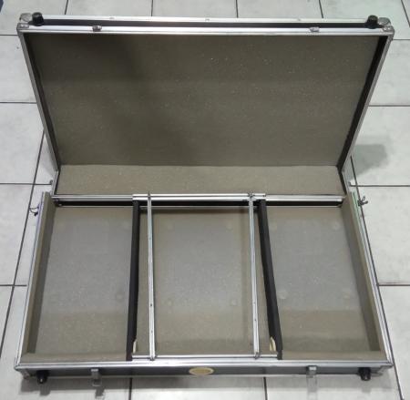 Case para 2 CDJs 100S / 200 / 350 / 400 e Mixer, com ajuste (Usado)